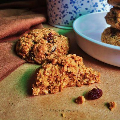 Oatmeal & Peanut Butter Cookies